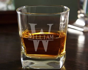 Oakmont Monogrammed Square Rocks Glass - Groomsmen Gifts, Best Man, Wedding Favors for Party, Father's Day