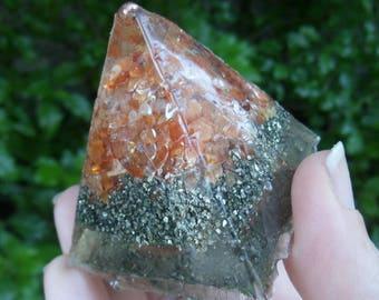 Pyramid, Generator, Carnelian, Solar Plexus Chakra, Chakra, Orgone, Crystals, Resin, Pyramid, Reiki, Copper, Handmade, OOAK
