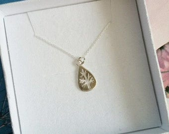 Tree Silhouette Necklace - SALE - Tree Pendant - Leaf Necklace - Nature Jewellery - Silver Tree Necklace - Tree Jewellery - Silver Necklace