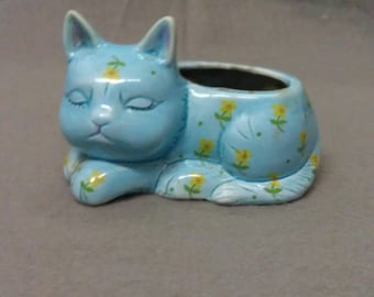 Blue Cat with Yellow and Green Flowers Tooth Pick Holder