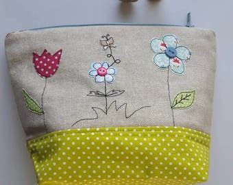 Flower applique make up bag using machine free- motion embroidery, Toiletry bag, Zip-Pouch, wash bag, cosmetic case, knitting project pouch