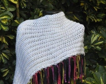 Double neck White fringed colors