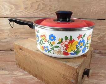 Retro 1970's Flower Enamel Sauce Pan, Red and Yellow Flowers, Enamel Cookware