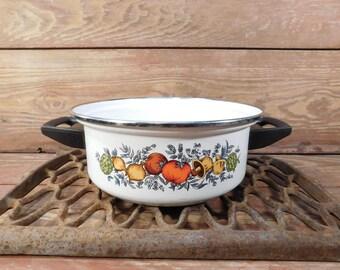 Vintage Vegetable Pattern Enamel Cookware Pot, Spice Of Life Mushroom Cookware, Retro Kitchen
