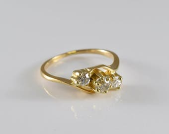 14K Yellow Gold 0.4 TCW Triple Diamond Ring Size 4 3/4