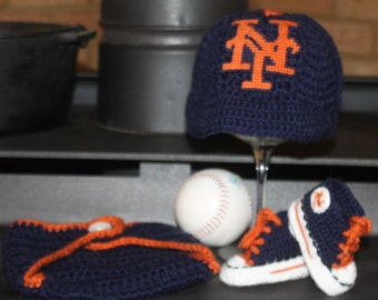 Baby BASEBALL hat and shoes, Newborn baseball hat, New York METS inspired (Handmade by me and not affiliated with the MLB)