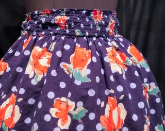 Skirt with Red Roses on a Field of Blue Polka Dots – So Kawaii ! Decora Fairy Kei J-Fashion
