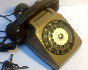 French retro telephone
