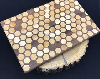 Large Full Honeycomb inlay Cutting board- Walnut & Maple, Pattern #4