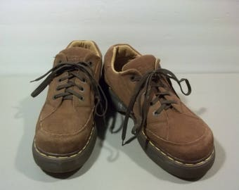 Vintage Dr Martens Shoes Brown Suede Leather Shoes Lace Up Shoes Platform Oxfords Made In England Dr Martens Size 9 Grunge Boho T27 M7031