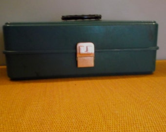 Vintage UMCO 175U Turquoise-Green Fishing Tackle Box --Tool Box --Craft Supply Box --Made in the US of A