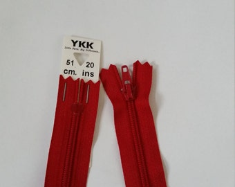 YKK Closed end polyester zip - 51cm - Red