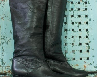 Vintage 1980s Knee High Black Leather Boots with Heel Womens Size 7 1/2 M