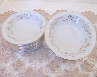 "SUMMIT FINE CHINA ""Joan"" 5 5/8"" Rimmed Fruit or Dessert Bowls (Set of 8) - Made in Japan"