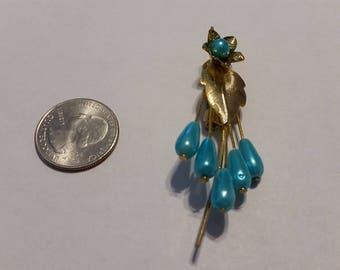 Vintage gold tone blue flower pin baer