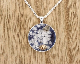 Blue Sea Shell Resin Cabochon Pendant On Silver Plated Rope Necklace