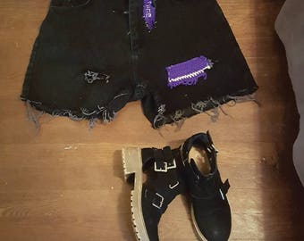 Vintage High Waist Black Distressed Shorts W/ Knitted Appliques