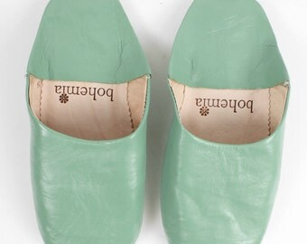 Basic Moroccan Babouche Slippers, Sage