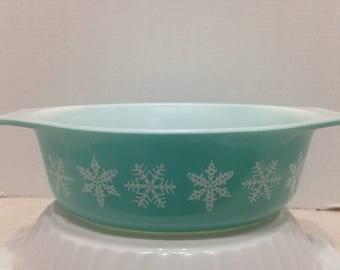 Pyrex SnowflakeTurquoise Snowflake Dish, Pyrex 043 Casserole