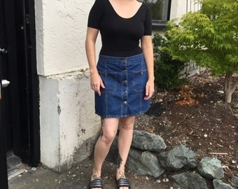 Vintage 90's button down denim skirt by Unionbay size 13 Free shipping!