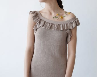 BEIGE KNIT DRESS - long ruffled beige dress