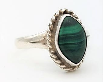 Native Made Marquise Cut Malachite & Sterling Silver Solitaire Ring Signed GC -  Size 7