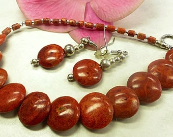 Red coral set in elegant design