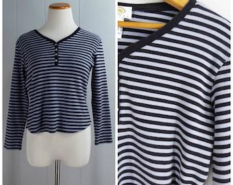 Vintage Womens 1990s Black & Periwinkle Stripe V Neck 3/4 Length Sleeve Cotton Tee Shirt | Size Petite M