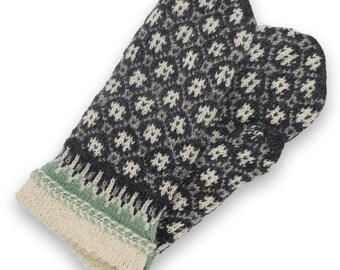 Latvian mittens - wool Mittens - double mittens -  hand knit mittens - patterned mittens - warm wool mittens - Christmas gift - size L