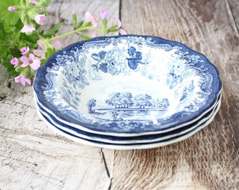 Set of Three Vintage Blue and White Bowls in 1790 Avon Scenes Pattern, Vintage Bowls, Vintage Blue and White