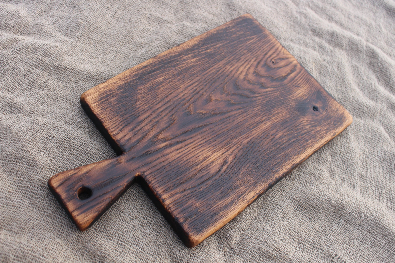 old rustic cutting board wooden serving board vintage wood. Black Bedroom Furniture Sets. Home Design Ideas