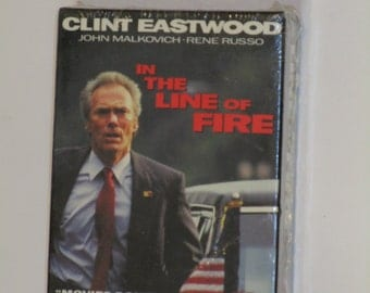 In the Line of Fire Video 8 cassette Clint Eastwood