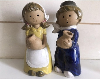Salt and pepper shakers vintage.