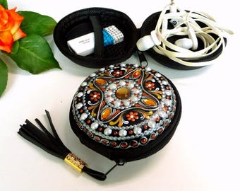 Earphone holder, Earphone Cord organizers 5 colors, Hand Painted cord keeper, universal case, jewelry cable organizer,  usb box