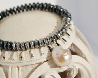 Baroque Pearl Bracelet June Birthstone Bracelet Dainty Bracelet Minimalist Hematite Bracelet Simple Bracelet Natural Pearl Jewelry