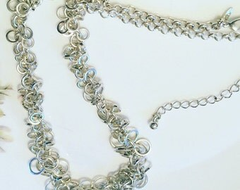 Vintage Necklace, 1970's Iconic Silver Tone Avon Necklace, 1970's Link Necklace, Vintage Collectable Jewellery, Gift For Her.