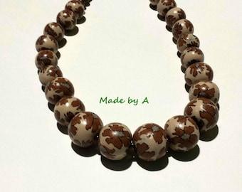 Necklace Browen-golden flower beads