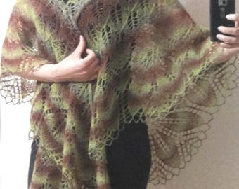 Ажурная шаль из шерсти   Delicate shawl from wool of