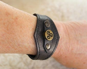 Grey leather wristband cuff bracelet Medieval Celtic