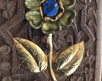 Large Vintage Flower Brooch Pin