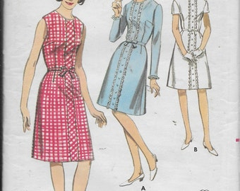 Vintage  Pattern Young Jr. Teen Sleeveless, Short, or Long Sleeve Dress  UNCUT Butterick 3802 Dated approx 1950s size 10T 30 bust 44*