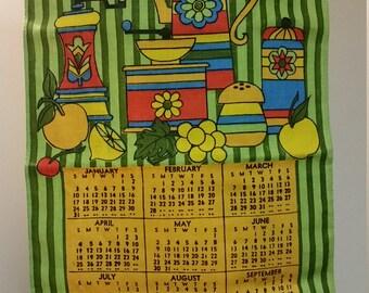 1971 Vintage Cloth Calendar