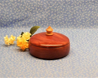 Ring Dish,Unusual Ring Holder,Jewelry Dish,Ring Storage,Handmade Wood Ring Dish With Lid,Lidded Ring Holder,Wooden Ring Holder with Lid