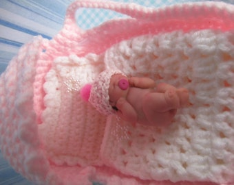 Carrycot baby Ooak miniature of 4cm.