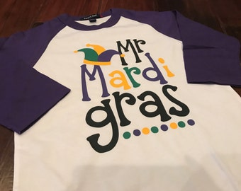 Mr. Mardi Gras Design on Raglan Sleeve T-Shirt