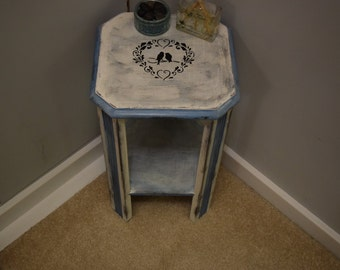 Upcycled Furniture Cottage Chic Side Table Refurbished End Table Distressed Furniture Chalk Painted Table Bedroom Furniture Hallway Table