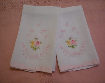 Vintage Tea Towels Guest Towels Set of Two