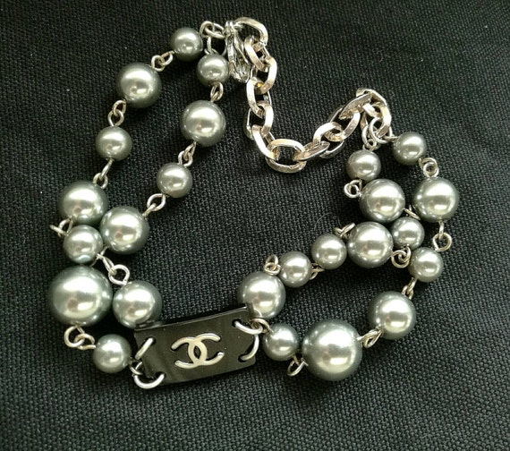 Nice button bracelet, 6mm - 10mm glass pearl beads bracelet, double strand, ideal for daily use