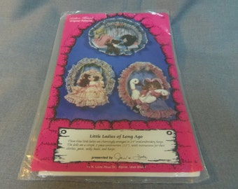 """Doll Craft Pattern, Little Ladies of Long Ago, Embroidery Hoops 14"""", Kalico Kastle"""