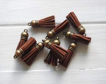 Tassel Pendant - Velvet, Brown 3.8 cm